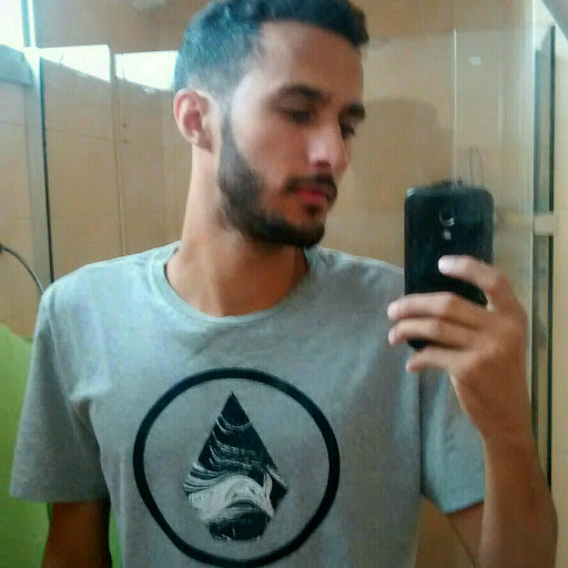 Leandro J. Dias