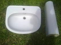 Vendo lavabo (39 cm*59 cm) con pie