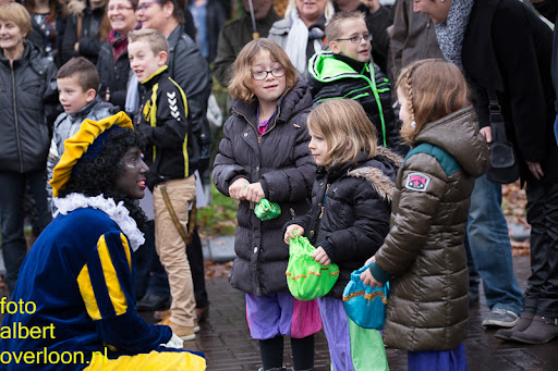 Intocht Sinterklaas overloon 16-11-2014 (36).jpg