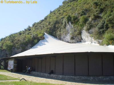 Cuevas Monte Castillo Puente Viesgo, Cantabria