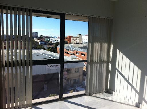 OFICINA 98 m2 + GARAJE 33 m2 POLIGONO PISA, orientación  - Foto 3