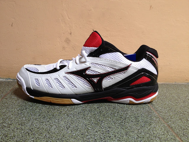 Mizuno Wave Rally 4