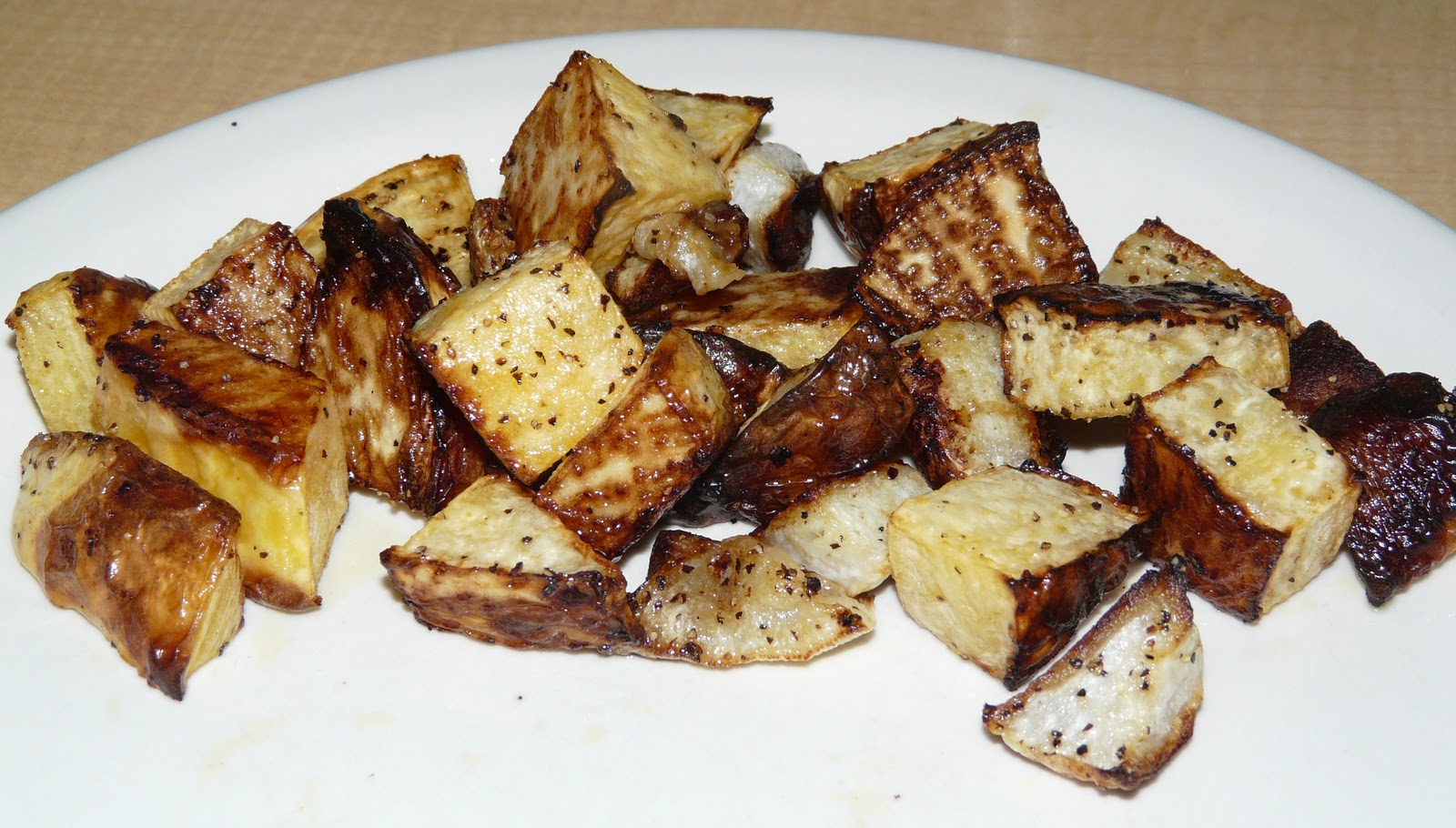 Moggy's Low Carb Kitchen: Roasted Rutabaga and Turnip Home Fries