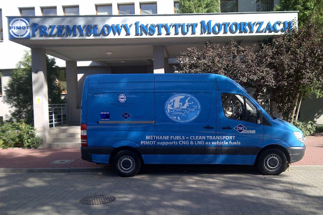 Blue Corridor 2012. Mercedes Sprinter NGT reprezentantacji NGV Polska oraz PIMOT