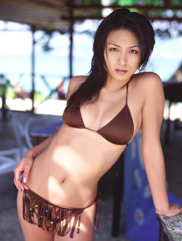 Yukie Kawamura (b. 1986)