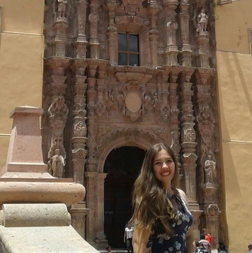 Karla Alejandra Labrador Correa picture