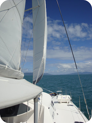 whitsunday sailing catamaran