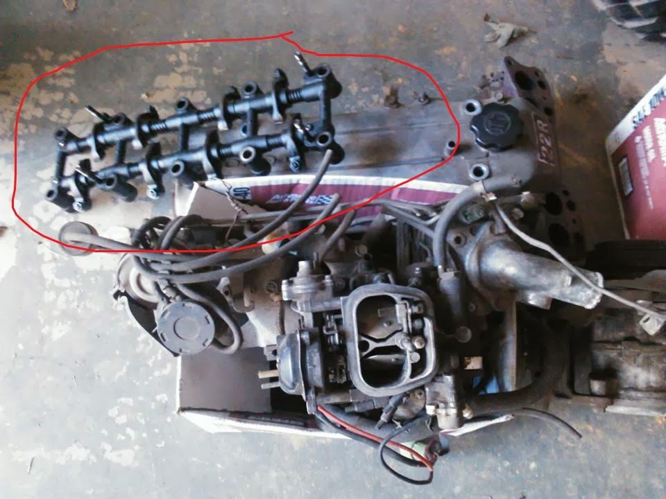 Toyota 22re Broken rocker arm and now head bolt | Adventure