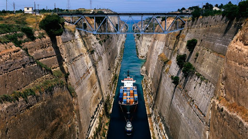 Corinth Canal, Greece.jpg