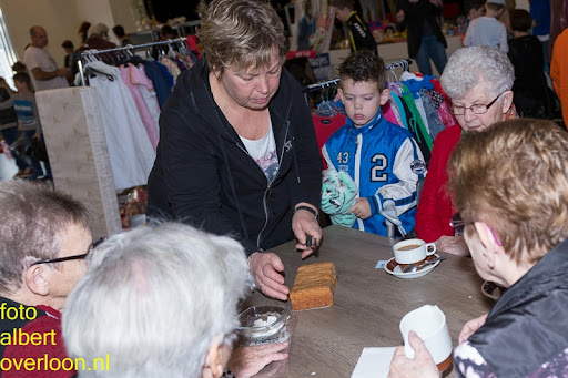 Kindermarkt - Schoenmaatjes Overloon 09-11-2014 (46).jpg