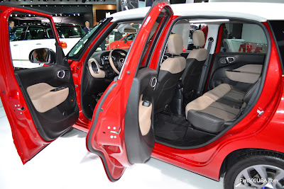 Fiat 500L doors