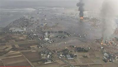 ini, Jauhkan Kami Bangsa Indonesia dari Gempa Bumi dan Tsunami, Amin ...