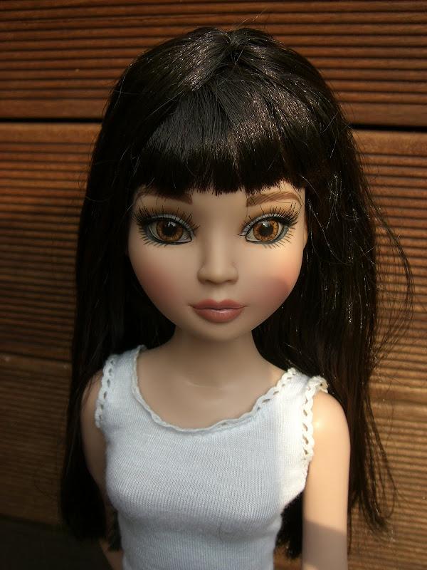 Rosalba, l'EE  brunette relookée de Sandra San 019