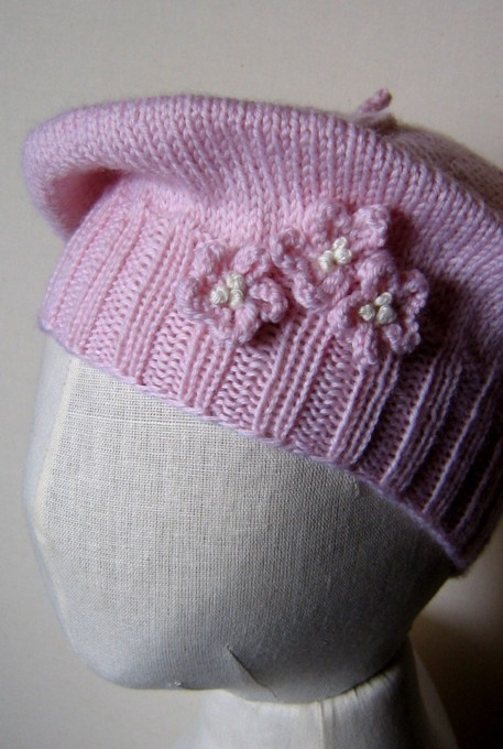 Free Knitting Pattern Toddler Beret : tangled...: a beret for baby...