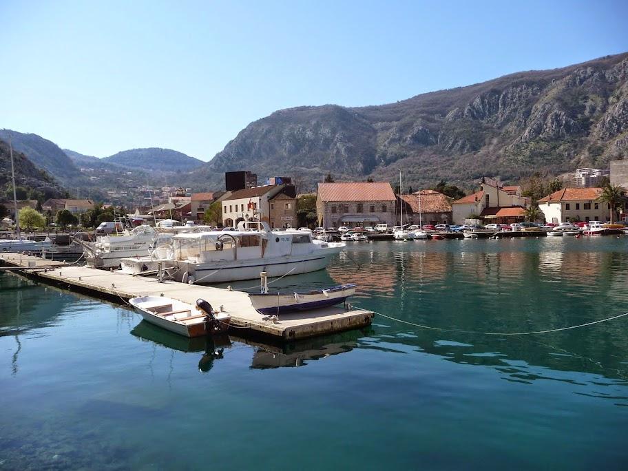 фото черногория в марте родители