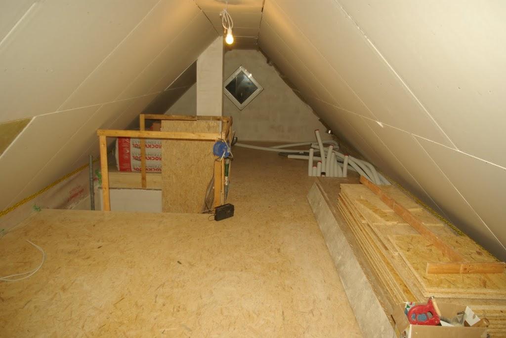Hausbau In Hh Bramfeld Restarbeiten Des Fussbodens Im Dg Fertig