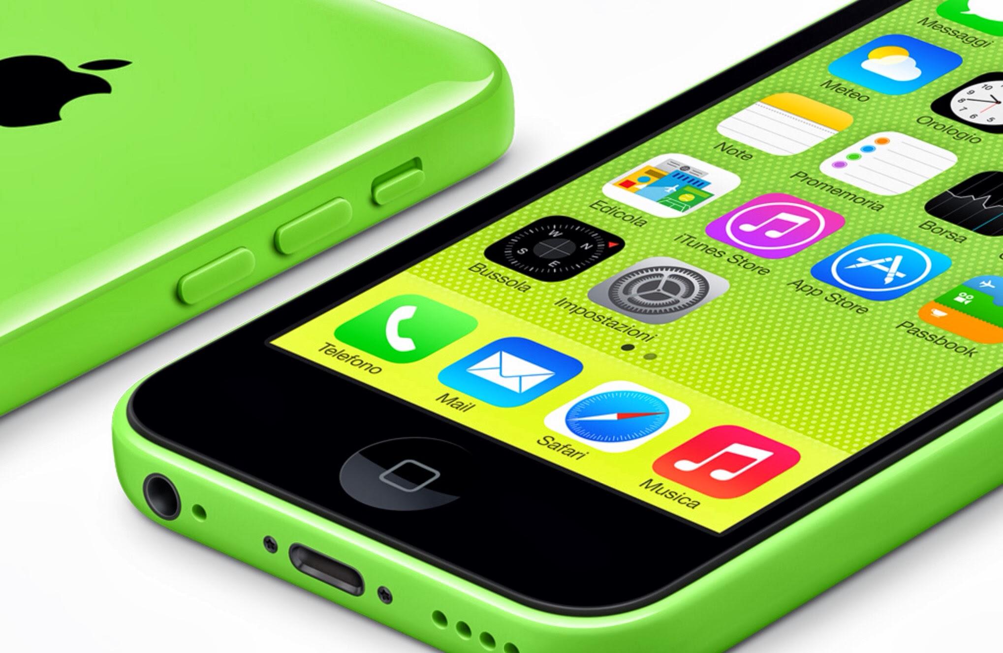 iphone 5c gi in vendita da unieuro iphone 5 negli apple store con 100 di sconto apple caff. Black Bedroom Furniture Sets. Home Design Ideas