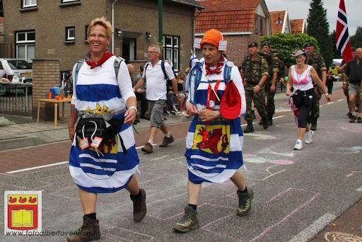 Vierdaagse van Nijmegen door Cuijk 20-07-2012 (5).JPG