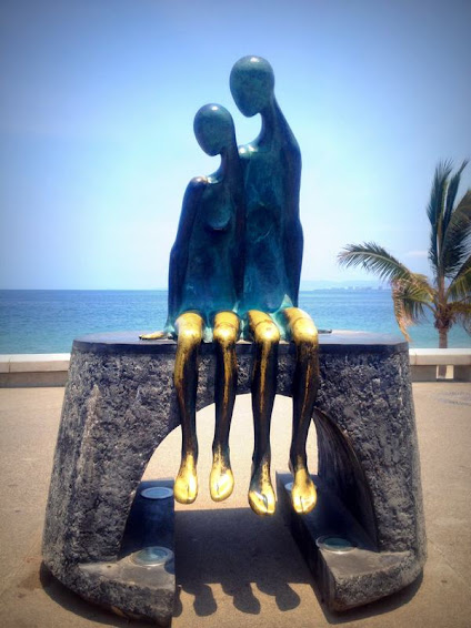 Estatua nostalgia, Malecón