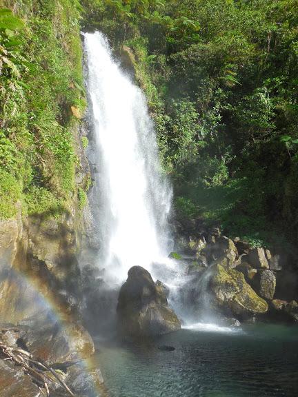 Wodospad na Dominice