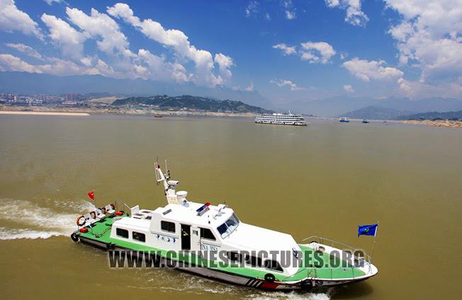 Three Gorges Dam Photo - Yangze River