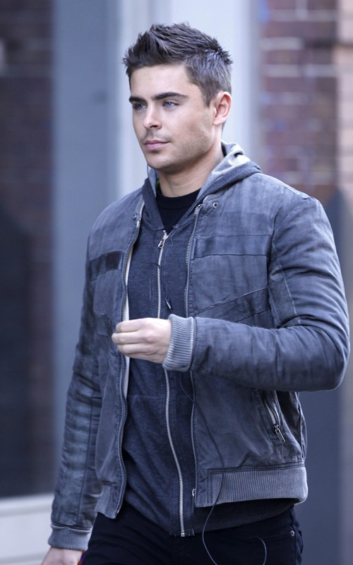 pictures of zac efron in 2011. Nuevas Fotos de Zac Efron 2011