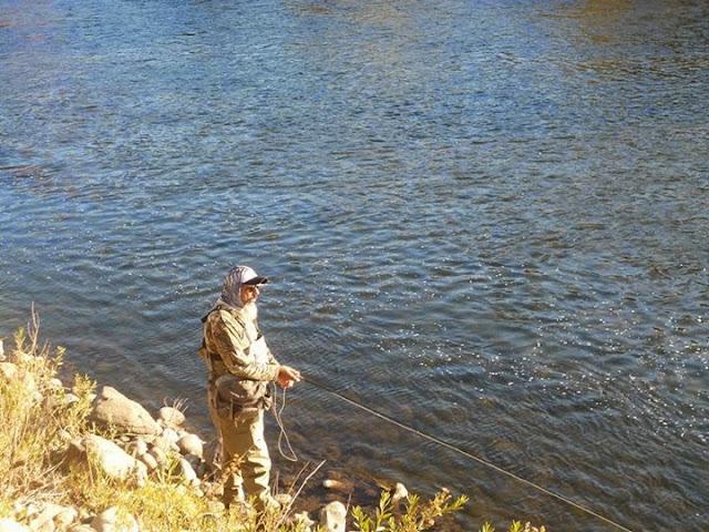 Pescando desde afuera se espantan menos peces.