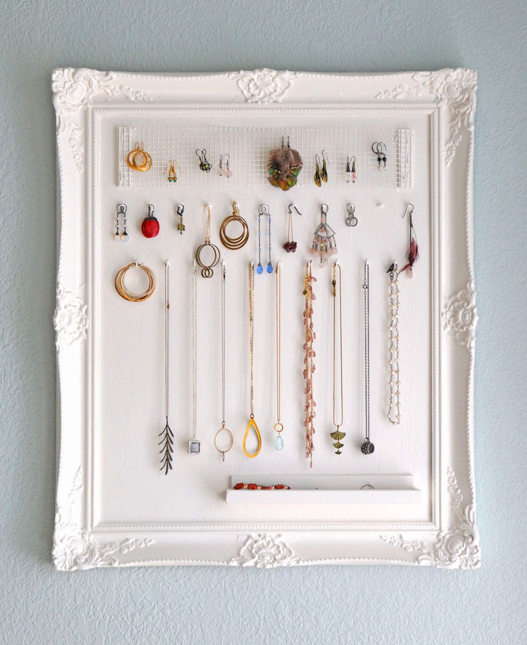 do-it-yourself jewelry storage -