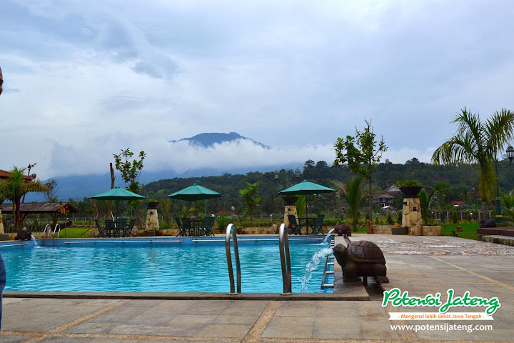 Kawasan Kolam Renang Balemong Resort Ungaran