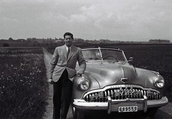 Albumul Maşinile Regelui, lansat la Muzeul Naţional de Istorie