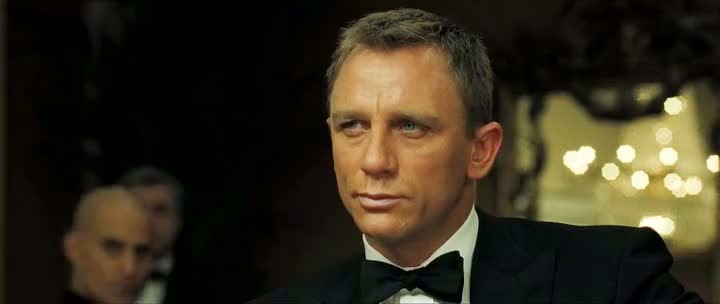 Screen Shot Of Hollywood Movie Casino Royale (2006) In Hindi English Full Movie Free Download And Watch Online at Alldownloads4u.Com
