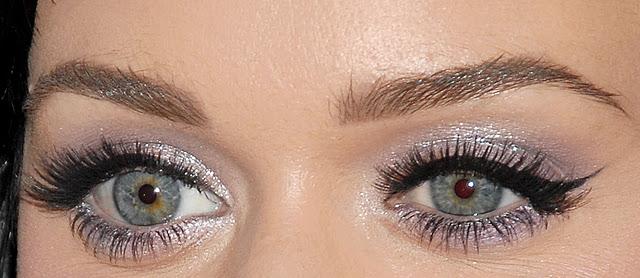 Eyeliner Kolay Nasıl Sürülür