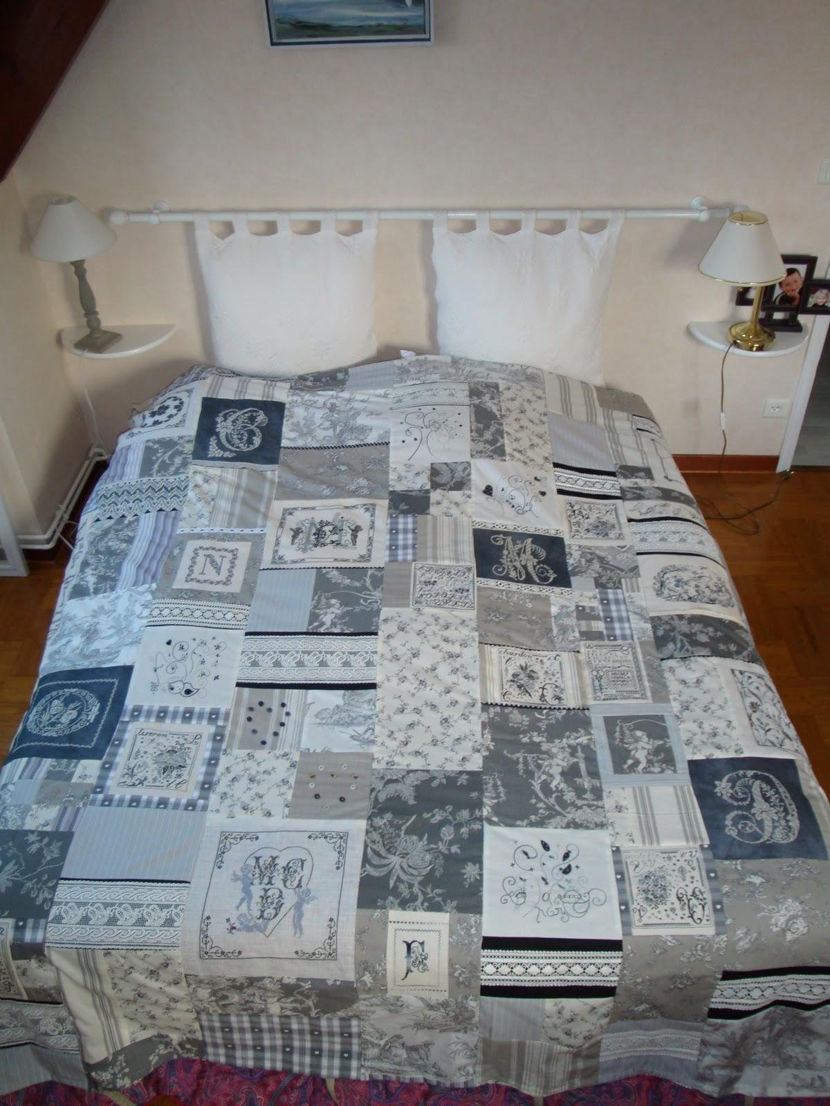 creakath housse de couette grise. Black Bedroom Furniture Sets. Home Design Ideas