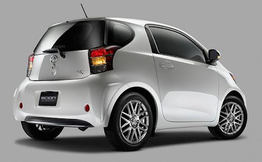 scioniQ 4 Toyota Scion iQ Electric Car To Launch In 2012