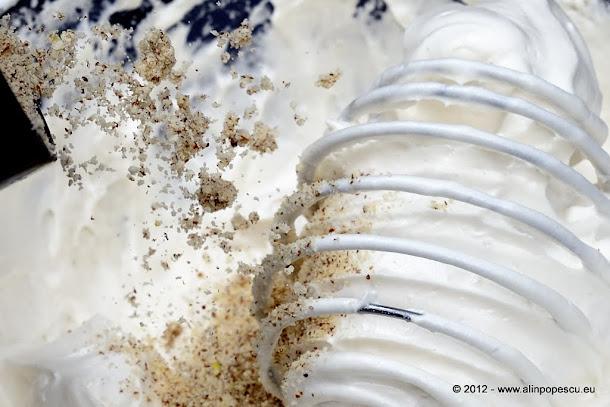 Pricomigdale - spuma de ou cu migdale