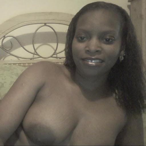 Simone Tyson Photo 5