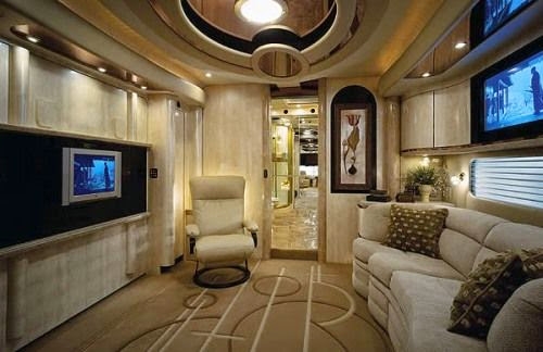 The royal suite also on the world most expensive bus