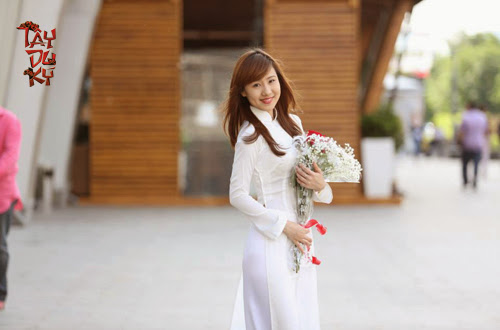 Ngắm nữ game thủ Việt duyên dáng áo dài tại Moscow 6