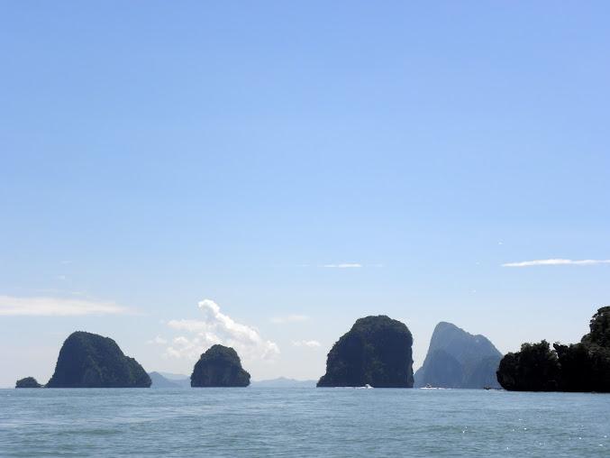 https://lh5.googleusercontent.com/-COIjLs-oolg/Up0HUpl_EzI/AAAAAAAAELI/S1AdeThN0V4/w677-h508-no/Tajlandia+2013+587.JPG