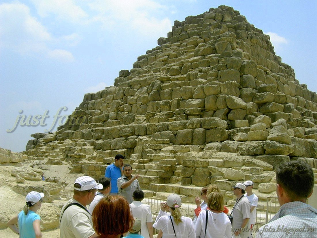 Первые египетские пирамиды