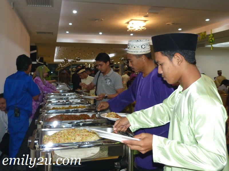 aidilfitri charity dinner