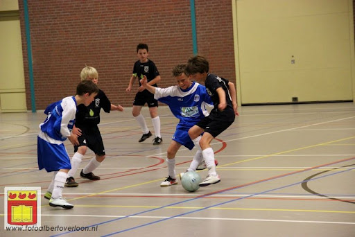 internationaal zaalvoetbaltoernooi Raayhal overloon 17-06-2012 (29).JPG