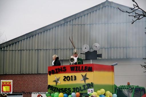 presentatie jeugd carnavalswagen 09-02-2013 (37).JPG