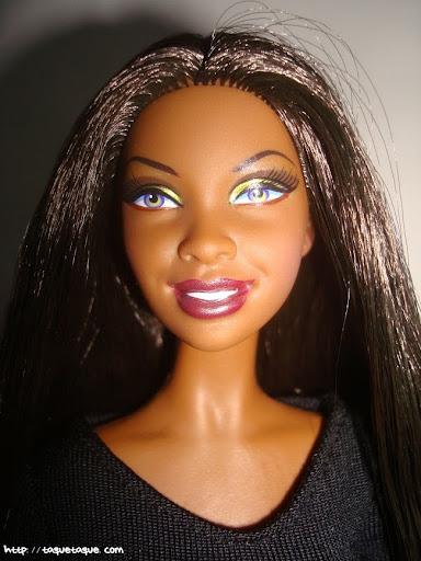 Barbie Basics LBD #10: otro primer plano más