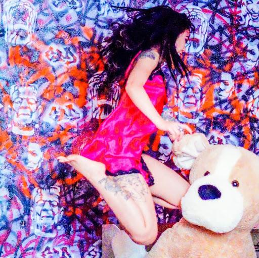 Tina Ta Photo 14