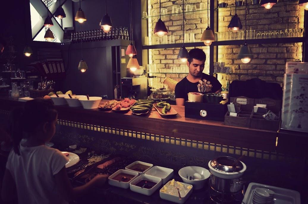 santral dukkan breakfast buffet in galata istanbul