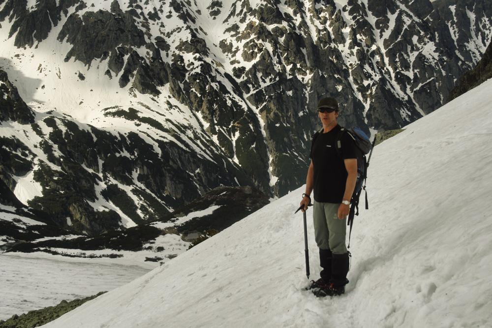 Zejście ze Szpiglasowej Przełęczy do Doliny Pięciu Stawów