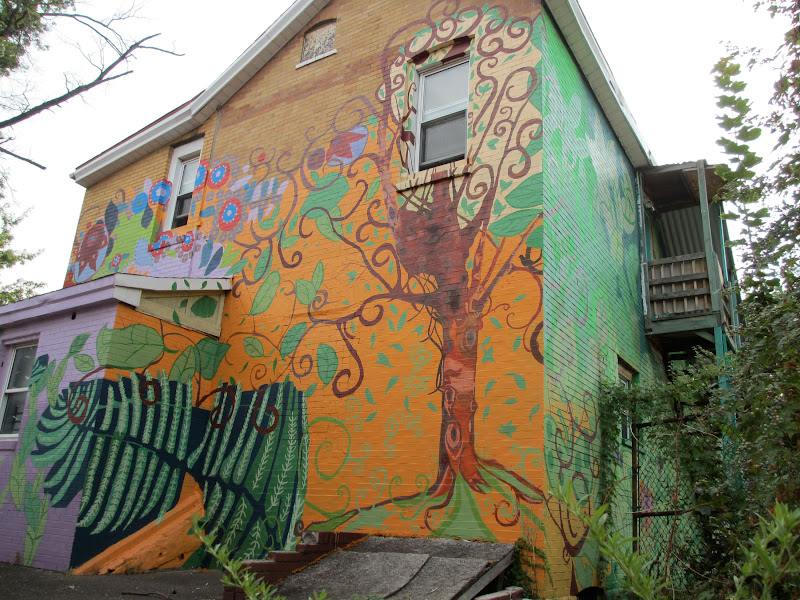 Pittsburgh murals and public art persephone by multiple for Mural go green