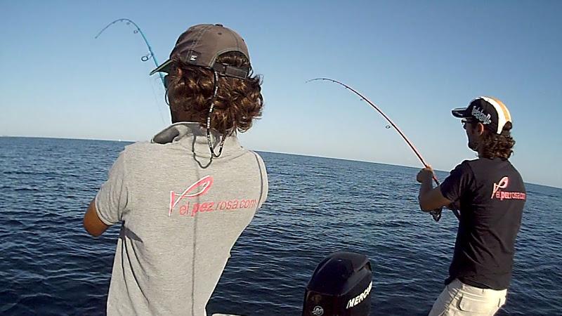 Vídeo Black minnow 90 bajo el agua Doblete_julio_2012