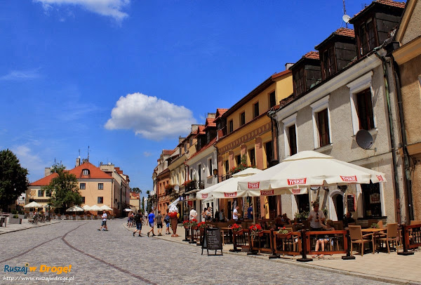 Sandomierz nad Wisłą - kamieniczki na rynku